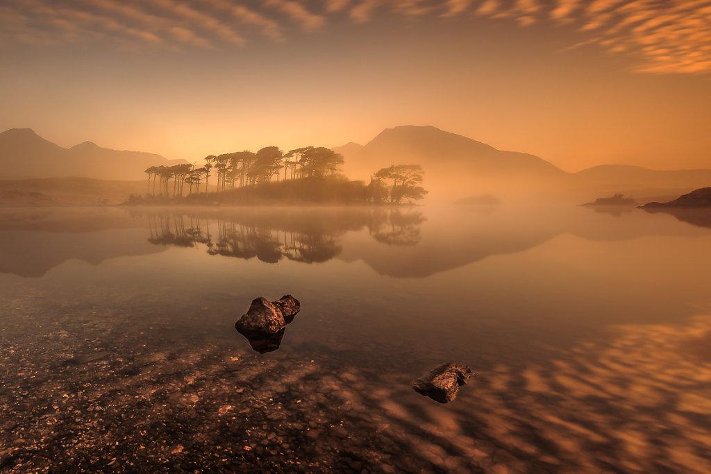 Connemara-Sunrise-Ryszard-Lomnicki-1200b.jpg