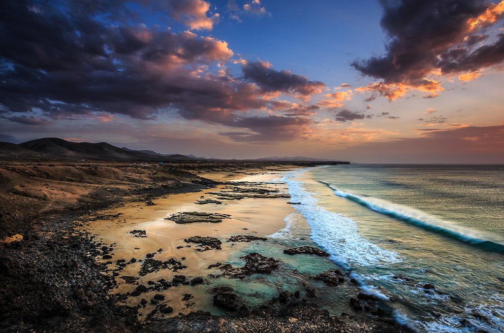 Playa-del-Castill-Ryszard-Lomnicki-1200.jpg