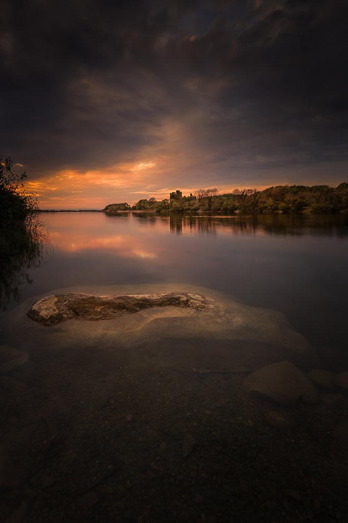 Menlo-Castle-z-kamieniem-Ryszard-Lomnicki-1200.jpg