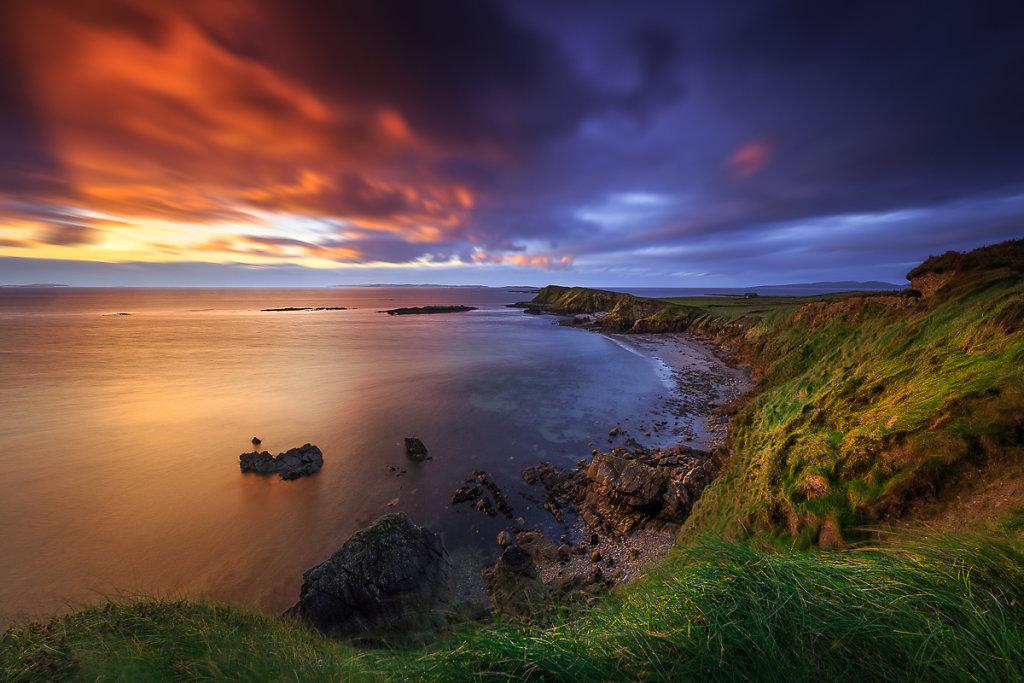 Connemara-Cliffs-Ryszard-Lomnicki-1200.jpg